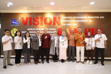 Rektor UPNVJ Menerima Kunjungan Professor dari Universiti Kuala Lumpur
