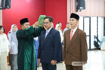 Serah Terima dan Angkat Sumpah Jabatan dan Pelantikan Wakil Rektor Bidang Umum dan Keuangan dan Dekan Fakultas Teknik