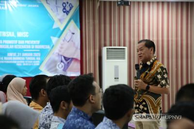 Fakultas Kedokteran Gelar Kuliah Umum Bersama Prof.Dr.dr. Bambang Sutrisna, MD, MHSc, DrPH